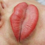 Lipstick Tattoo